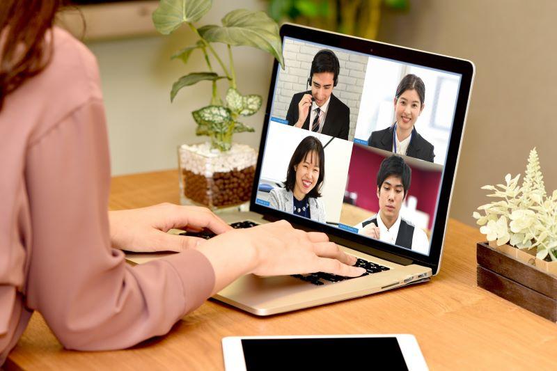 オンラインミーティング・オンラインイメージ